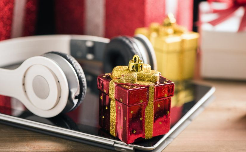 5 High-End Executive Gift Ideas for Your Brand